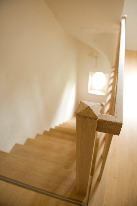 Trapleuning hout trap met vlakke zijwangen met opgelaste for Bordestrap hout