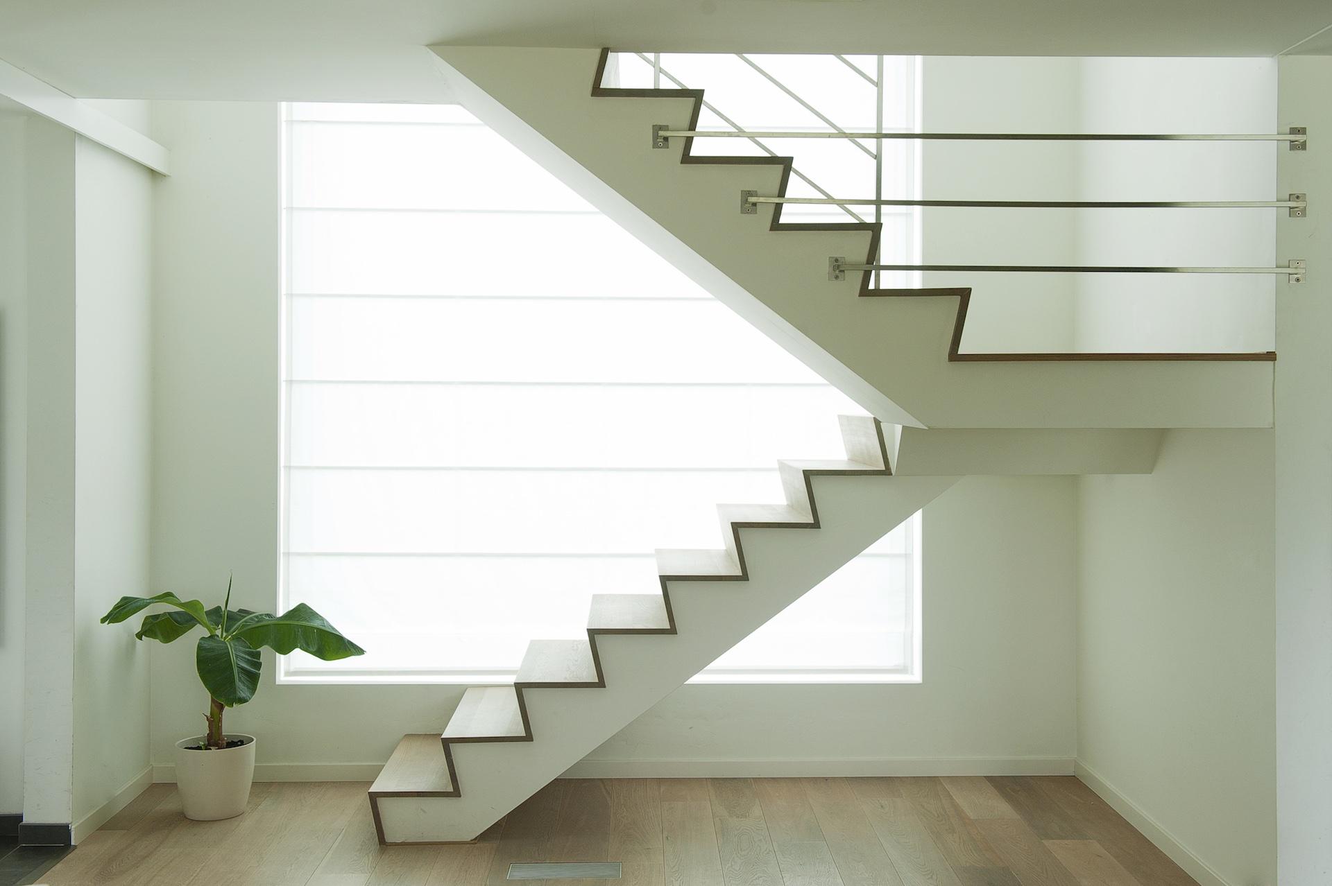 Zwevende Trap Kosten : Moderne trap zwevende trap en z trapu decotrap